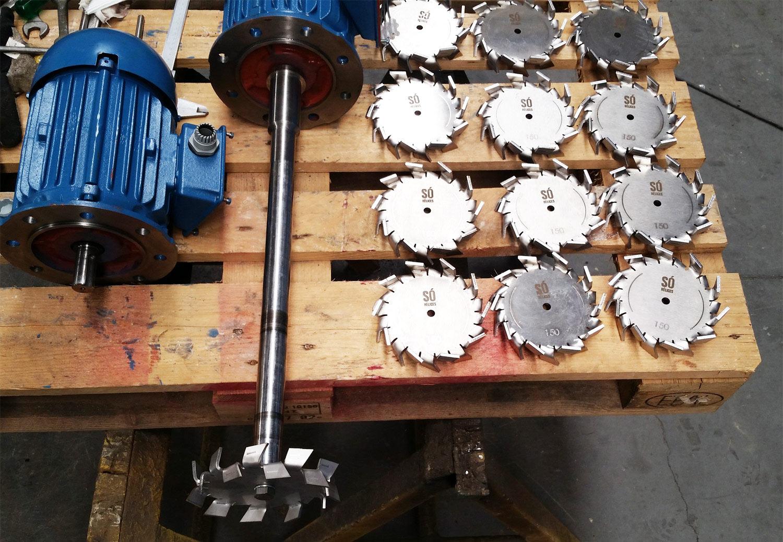 Misturador Dispersor IBC em aço inox para 1000 litros.