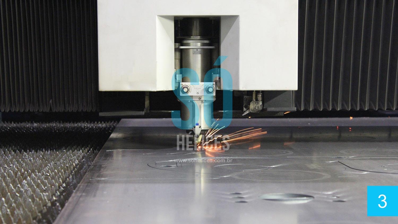 Corte em máquinas de última geração à laser italianas e japonesas