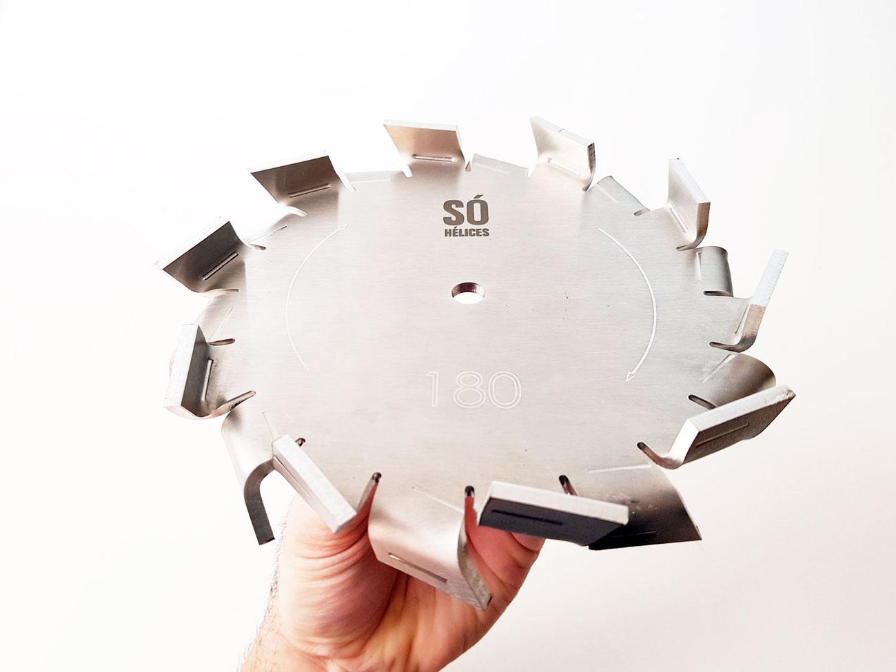 Disco dispersor para fabricação de tintas