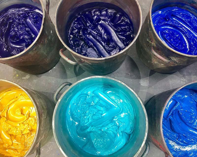 Entenda o valor do custo de fabricação de tintas