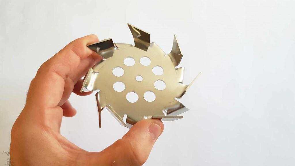 Batedeira inteligente de laboratório para cremes e cosméticos.